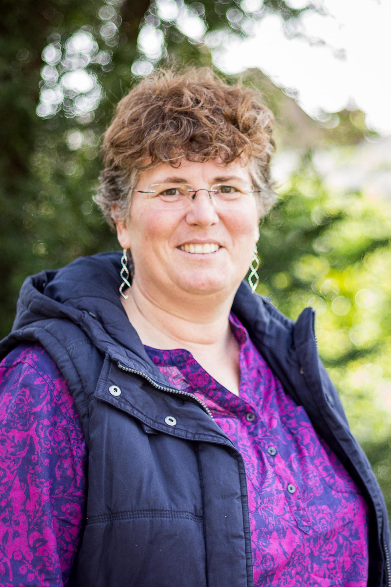 Anthea Beresford profile